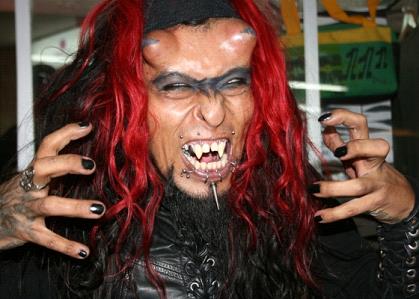 Fetiche de vampiro religioso gratis